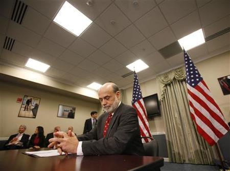 Fed's Bernanke sees reasons for optimism on lending