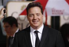 """<p>Brendan Fraser chega à cerimônia dos Globos de Ouro em Beverly Hills em janeiro. O filme """"Deu a Louca"""", do ator, estreia sexta-feira no país. 17/01/2010 REUTERS/Danny Moloshok</p>"""