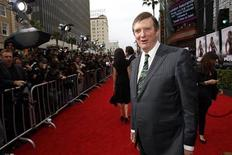 """<p>Director Mike Newell poses at the premiere of the film """"Prince of Persia: The Sands of Time"""" at the Grauman's Chinese Theatre in Hollywood, California May 17, 2010. REUTERS/Mario Anzuoni</p>"""