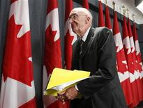<p>Former Supreme Court of Canada Judge John Major leaves after delivering a statement about his final report on the bombing of Air India Flight 182 in Ottawa June 17, 2010.REUTERS/Chris Wattie</p>