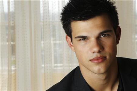 a minute with taylor lautner from twilight reuters
