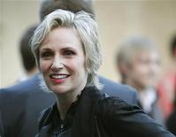 "<p>Cast member Jane Lynch attends a party to celebrate the premiere of the second season of the television series ""Glee"" in Los Angeles April 12, 2010. REUTERS/Mario Anzuoni</p>"