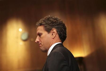 U.S. Treasury Secretary Timothy Geithner arrives to testify about the U.S. economic policy towards China during a hearing of the Senate Finance Committee on Capitol Hill in Washington June 10, 2010. REUTERS/Molly Skipper