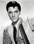 <p>Des instruments utilisés pour autopsier et embaumer le corps d'Elvis Presley en 1977 seront mis aux enchères le 12 août à Chicago. /Photo d'archives/REUTERS/HO</p>