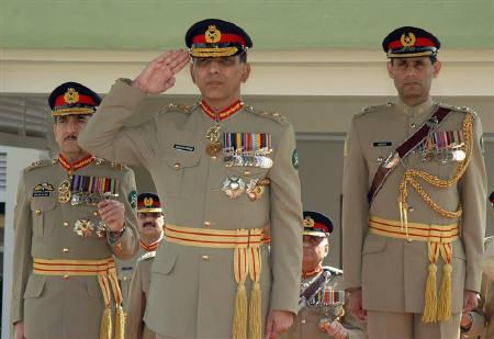 Factbox Pakistan Army Chief Gets 3 Year Extension Reuters
