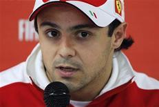 <p>Brasileiro Felipe Massa disse que teve sorte por queimar a largada no Grande Prêmio da Bélgica do mês passado, e culpou sua baixa estatura por ter posicionado o carro à frente da posição correta. REUTERS/Francois Lenoir</p>