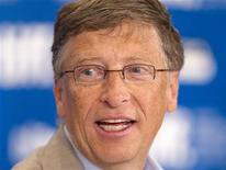<p>El fundador de Microsoft, Bill Gates, durante una conferencia en Toronto. Sep 11 2010 Dos de los hombres más ricos del mundo y de los donantes más generosos, Warren Buffett y Bill Gates, dijeron el martes que no presionarán a docenas de multimillonarios chinos a los que verán durante una visita al país para promover las donaciones. REUTERS/Fred Thornhill</p>