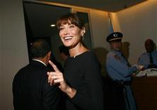 <p>France's First Lady Carla Bruni-Sarkozy gestures during the Millennium Development Goals Summit at the U.N. headquarters in New York September 20, 2010. REUTERS/Eric Thayer</p>