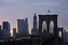 <p>The Brooklyn Bridge can be seen in New York May 21, 2008. REUTERS/Lucas Jackson</p>