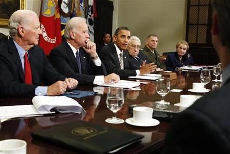 President Barack Obama (3rd L) hosts a meeting to discuss the importance of the passage of the Strategic Arms Reduction Treaty (START) in the Roosevelt Room at the White House in Washington, November 18, 2010. REUTERS/Larry Downing