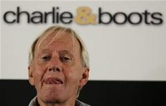 <p>Paul Hogan, best known for his role as Crocodile Dundee, attends a news conference in central Sydney October 28, 2008. REUTERS/Daniel Munoz</p>