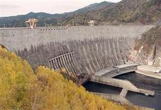 <p>General view of the largest hydroelectric power station in Russia and Eurasia, the Sayano-Shushenskaya hydroelectric power station on Yenisei river about 520 km (323 miles) south of Krasnoyarsk, October 7, 2004. REUTERS/Ilya Naymushin CVI/DL</p>