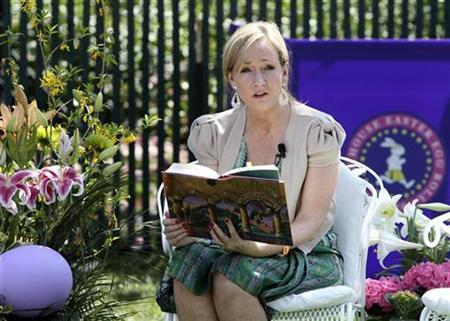 Harry Potter author J.K. Rowling reads at the annual Easter Egg Roll on the South Lawn of the White House in Washington April 5, 2010. REUTERS/Larry Downing