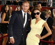 <p>David Beckham e sua esposa Victoria nos ESPY Awards de 2008, em Los Angeles. O casal está esperando seu quarto filho em meados desse ano, disse a porta-voz de Victoria no domingo. 16/07/2008 REUTERS/Danny Moloshok/Arquivo</p>