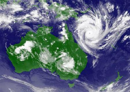 A weather satellite image, courtesy of the Japan Meteorological Agency, shows cyclone Yasi approaching the coast of Australia at 1300 GMT on February 1, 2011. REUTERS/Japan Meteorological Agency/MTSAT/Handout