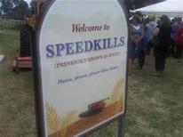 <p>La petite ville de Speed (vitesse), dans le sud-est de l'Australie, va être rebaptisée Speedkills (la vitesse tue) pendant un mois pour promouvoir la sécurité routière. /Photo prise le 18 février 2011/REUTERS/Commission Transport Accident</p>