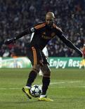 <p>Atacante do Chelsea, Nicolar Anelka, marca contra o Copenhage durante partida da Liga dos Campeões. 22/02/2011 REUTERS/Stefan Wermuth</p>