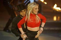 "<p>Singer Britney Spears performs on ABC's ""Good Morning America"" in New York on December 2, 2008. REUTERS/Lucas Jackson</p>"