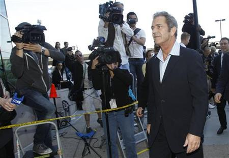Actor Mel Gibson arrives at Airport Courthouse in Los Angeles March 11, 2011. REUTERS/Mario Anzuoni