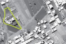 """<p>Снимок с воздуха дома бен Ладена в Абботтабаде, 2 мая 2011 года. Белый дом, Пентагон и ЦРУ поздравляют друг друга с успешным завершением охоты на лидера """"аль-Каиды"""" Усаму бен Ладена, ставшего главным врагом Вашингтона после терактов 11 сентября 2001 года. REUTERS/Department of Defense/Handout</p>"""