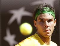 O espanhol Rafael Nadal sofreu para vencer o italiano Paolo Lorenzi no Masters de Roma. 11/05/2011 REUTERS/Alessia Pierdomenico