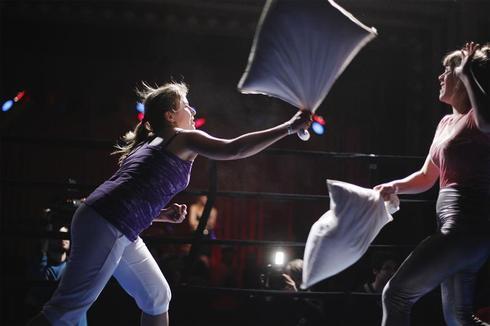 Pillow brawl