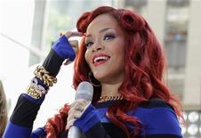 A cantora Rihanna se apresenta em programa da TV NBC, em Nova York. 27/05/2011 REUTERS/Brendan McDermid