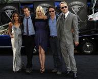 """<p>Foto de archivo de los actores Zoe Kravitz, Kevin Bacon, January Jones, James McAvoy y Michael Fassbender en el estreno de """"X-Men: First Class"""" en Nueva York. May 25, 2011. REUTERS/Jessica Rinaldi</p>"""
