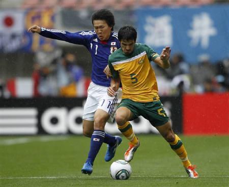6月10日、日本サッカー協会は、ロンドン五輪アジア2次予選でU-22クウェート代表と対戦するU-22の日本代表メンバーにFW永井謙佑(左)らを選出。1日撮影(2011年 ロイター/Toru Hanai)