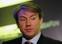 Директор оргкомитета ЧМ-2018 Алексей Сорокин на форуме Inside World Football в Москве 24 июня 2011 года. Россия должна успеть подготовиться к предстоящему чемпионату мира по футболу 2018 года вовремя, заявили в пятницу организаторы турнира.   REUTERS/Denis Sinyakov