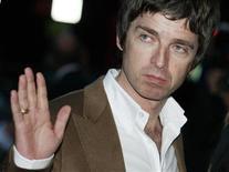 O cantor Noel Gallagher chega para o prêmio GQ Men of the Year (homem do ano) 2010, no Royal Opera House, em Londres. Foto de Arquivo. 07/09/2010 REUTERS/Luke MacGregor