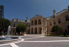 <p>A view of Candy Spelling's 57,000 square foot mansion is seen in this undated still image taken from video. The mansion, featuring 123 rooms, has been sold to 22-year-old British heiress Petra Ecclestone, according to published reports on June 14, 2011. REUTERS/Reuters TV</p>