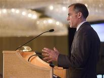 <p>Mark Carney, the Governor of the Bank of Canada, delivers a speech to the Vancouver Board of Trade in Vancouver, British Columbia June 15, 2011. REUTERS/Ben Nelms</p>
