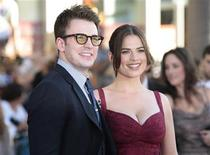 """<p>Cast members Chris Evans (L) and Hayley Atwell pose as they arrive at the """"Captain America: The First Avenger"""" film premiere in Hollywood, California July 19, 2011. REUTERS/Jason Redmond</p>"""