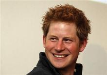 Британский принц Гарри на пресс-конференции в Лондоне, 26 апреля 2011 года. Британский принц Гарри вскоре сможет расширить свой послужной список, готовясь стать персонажем книги комиксов, которая должна выйти в августе этого года, сообщил издатель Bluewater Productions. REUTERS/Cathal McNaughton