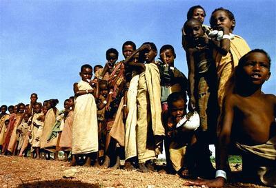 Famine in Baidoa, Somalia: 1992
