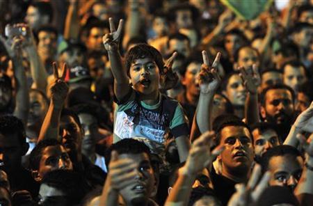 Libyer feiern am 22. August 2011 in Benghasi den Einzug der Rebellen in Tripolis. REUTERS/Esam Al-Fetori
