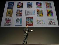 Президент Nintendo Сатору Ивата на презентации новых игр в Токио, 13 сентября 2011 года. Nintendo представила много нового программного обеспечения в попытке подтолкнуть продажи своей последней игровой консоли 3DS. REUTERS/Toru Hanai