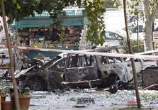 Место в центре Анкары, где прогремел взрыв, 20 сентября 2011 года. Как минимум два человека погибли в результате взрыва бомбы в Анкаре, сообщили турецкие телеканалы. REUTERS/Umit Bektas