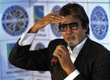 Bollywood actor Amitabh Bachchan gestures during a news conference in Mumbai July 7, 2010. REUTERS/Danish Siddiqui/Files