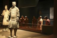 """<p>Two Chinese terracotta warriors are shown on display at the Bower Museum in Santa Ana, California, in this publicity photo released to Reuters September 30, 2011. The warriors are part of an exhibition called """"Warriors, Tombs and Temples: China's Enduring Legacy"""". REUTERS/Bowers Museum/Handout</p>"""