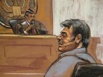 Скетч Манссора Арбабсияра, которого обвиняют в подготовке покушения на посла Саудовской Аравии в США, 11 октября 2011 года. Соединенные Штаты обвинили во вторник Иран в том, что он помогал готовить покушение на посла Саудовской Аравии в США. REUTERS/Jane Rosenberg