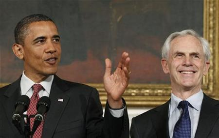 President Barack Obama announces that John Bryson (L) will become the new  Commerce Secretary during a statement at the White House in Washington, May 31, 2011.   REUTERS/Kevin Lamarque