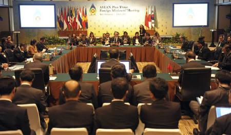 Asean Foreign Ministers plus foreign ministers from Japan, South Korea, China gather in a plenary session of the ASEAN + 3 Foreign Ministers Meeting in Nusa Dua, Bali July 21, 2011. REUTERS/Widodo S.Jusuf/Antara/Handout/Files