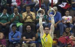 Arthur Zanetti levou medalha de prata na prova das argolas no Pan de Guadalajara. REUTERS/Andy Clark