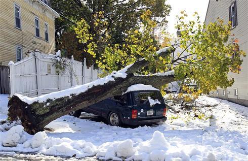 Snowstorm hits Northeast