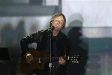 O cantor Keith Urban se apresenta em Las Vegas, nos Estados Unidos, em abril. 03/04/2011 REUTERS/Steve Marcus