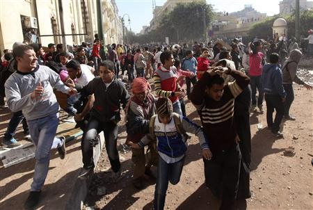 U.N.'s Ban condemns excessive force in Cairo clashes