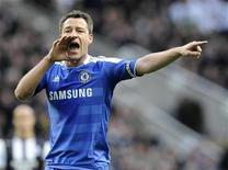 """John Terry, do Chelsea, durante jogo do Campeonato Inglês contra o Newcastle United. O capitão do Chelsea será indiciado por uma acusação de racismo contra um adversário durante partida do Campeonato Inglês em outubro, informaram autoridades britânicas nesta quarta-feira.     """"Estou convencido de03/12/2011  REUTERS/Nigel Roddis"""
