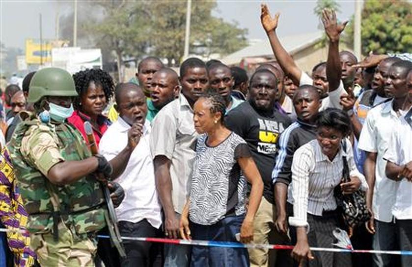Islamists kill dozens in Nigeria Christmas bombs - Reuters